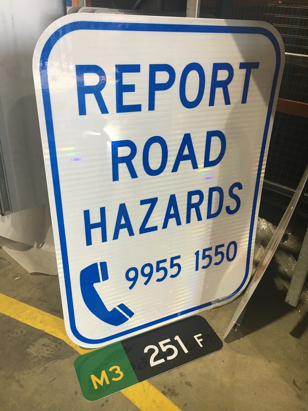 New hazard phone signs 600w